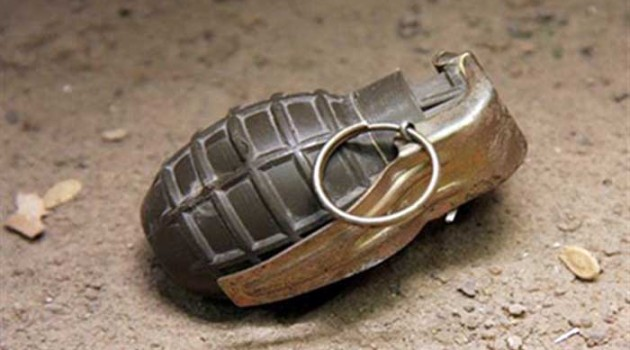 Officer among 3 SSB troopers, cop injured in Nowhatta grenade blast