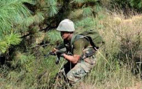 Militant killed, 3 SF personnel injured in ongoing Pulwama encounter