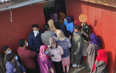 DDC polls: Amid Covid pandemic, bone chilling cold; J&K records 51.7 percent voting in Phase 1