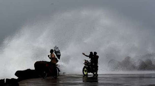 Cyclone Nivar : Indian Army ready to deploy 12 HADR teams to TN, Pondy