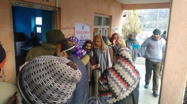 DDC Elections: Over 5 per cent Voting Recorded in Three Polling Stations in Rawalpora till 10 am