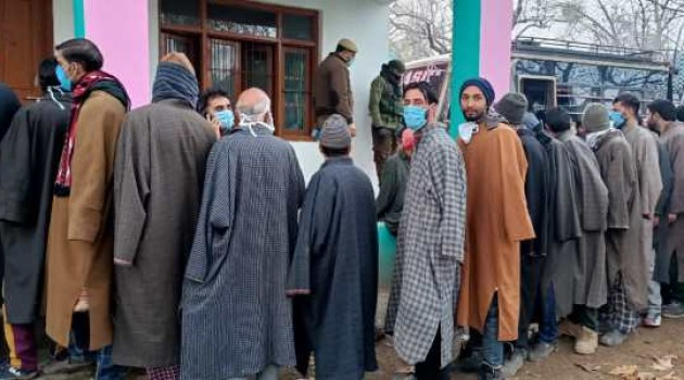 DDC election phase 2nd  Voters come out to vote despite severe cold,6.61 percent votes cast till 9 AM