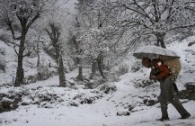 Night temp improves in Kashmir; Gulmarg freezes at minus 11.5 degree