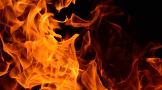 About 35 shanties of Rohingyas gutted in fire