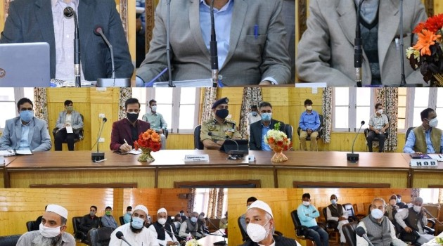 Baseer Khan reviews Covid mitigation preparedness in Bandipora; meets people, religious Heads