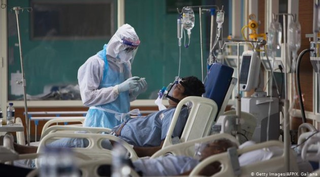 India logs 30,093 COVID-19 cases, 374 deaths