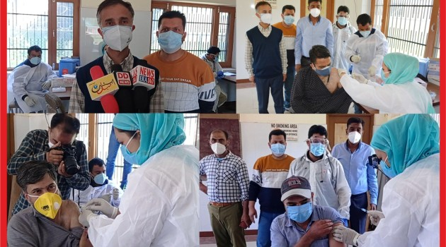 Vaccination drive for journalists at Directorate of Information Department