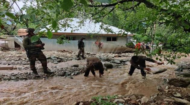 Cloudburst in central Kashmir, affected families rescued