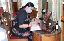 Union Minister of Women and Child Development,Smriti Irani, interacts with JKP officers