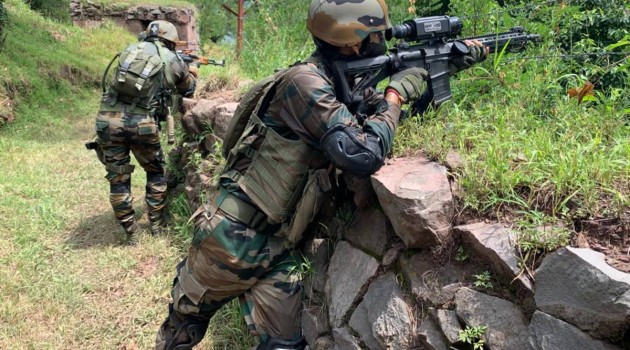 Army foils infiltration bid, recovers video camera, other items